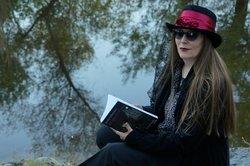 Lori Lopez author pic